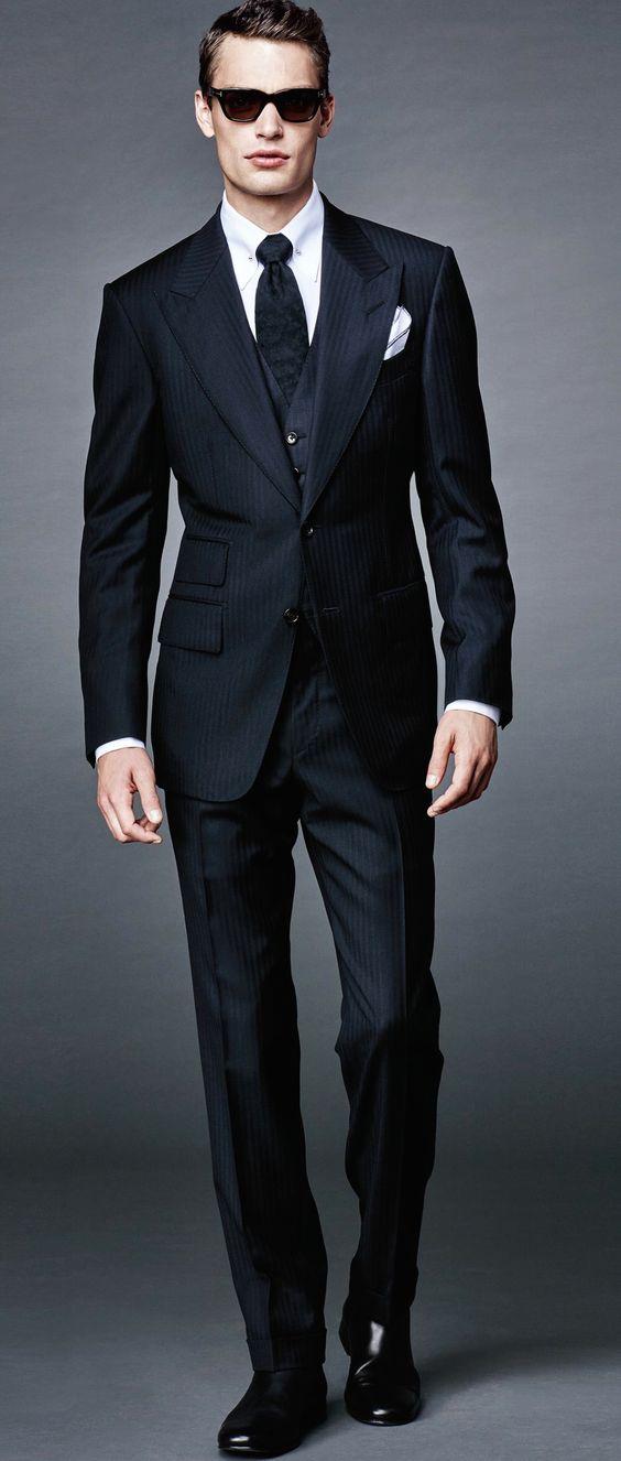 Пошив мужских классических костюмов Киев
