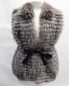 Пошив меховых жилетов из чернобурки заказать